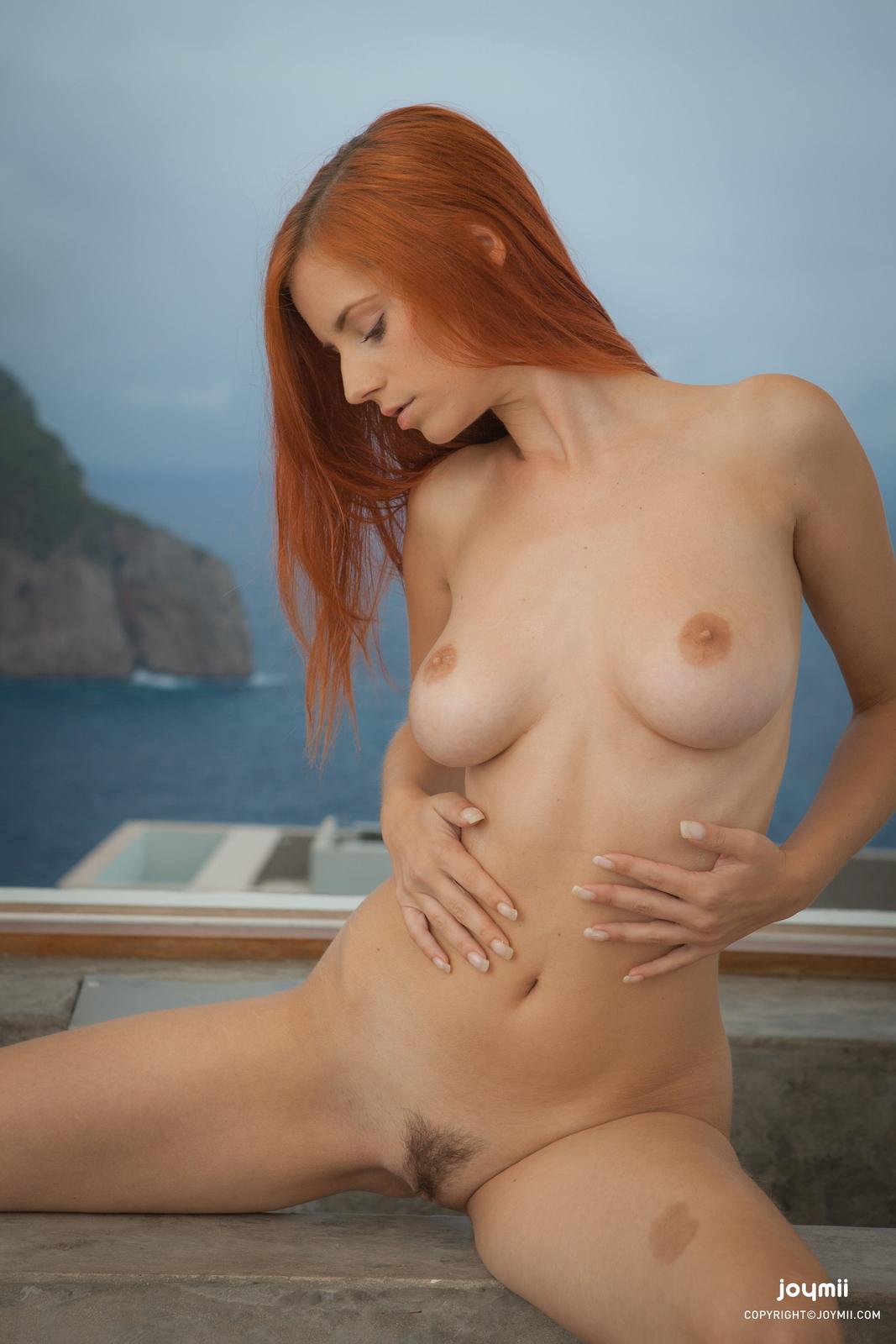ariel-redhead-bathroom-naked-boobs-joymii-04