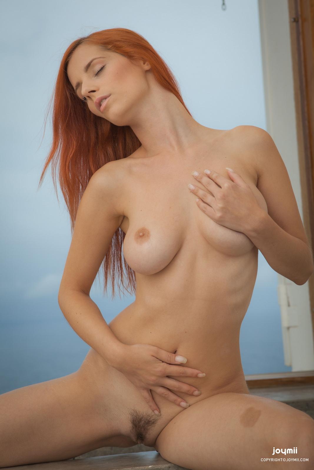 ariel-redhead-bathroom-naked-boobs-joymii-06