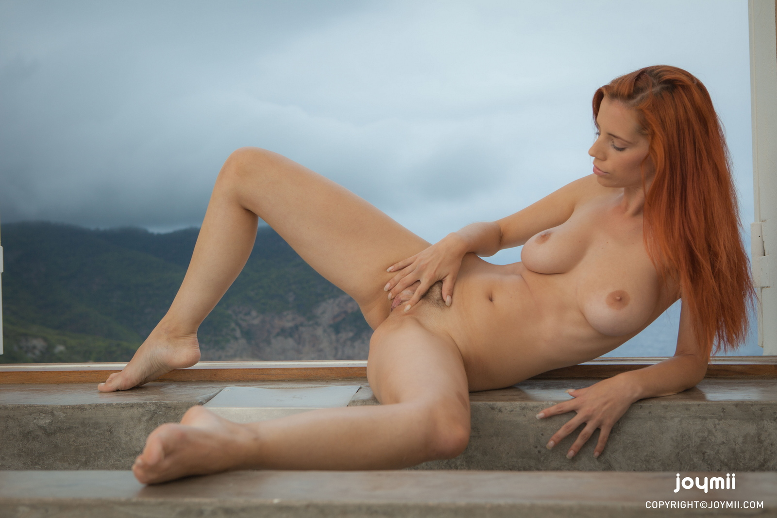 ariel-redhead-bathroom-naked-boobs-joymii-27