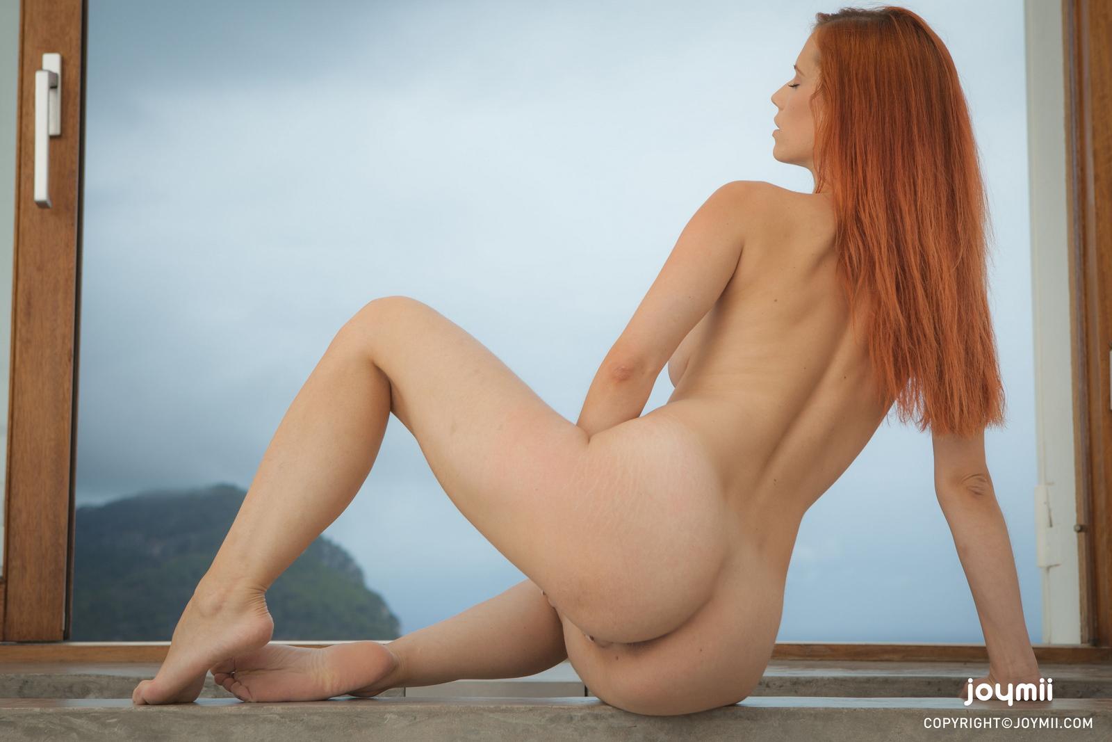 ariel-redhead-bathroom-naked-boobs-joymii-32