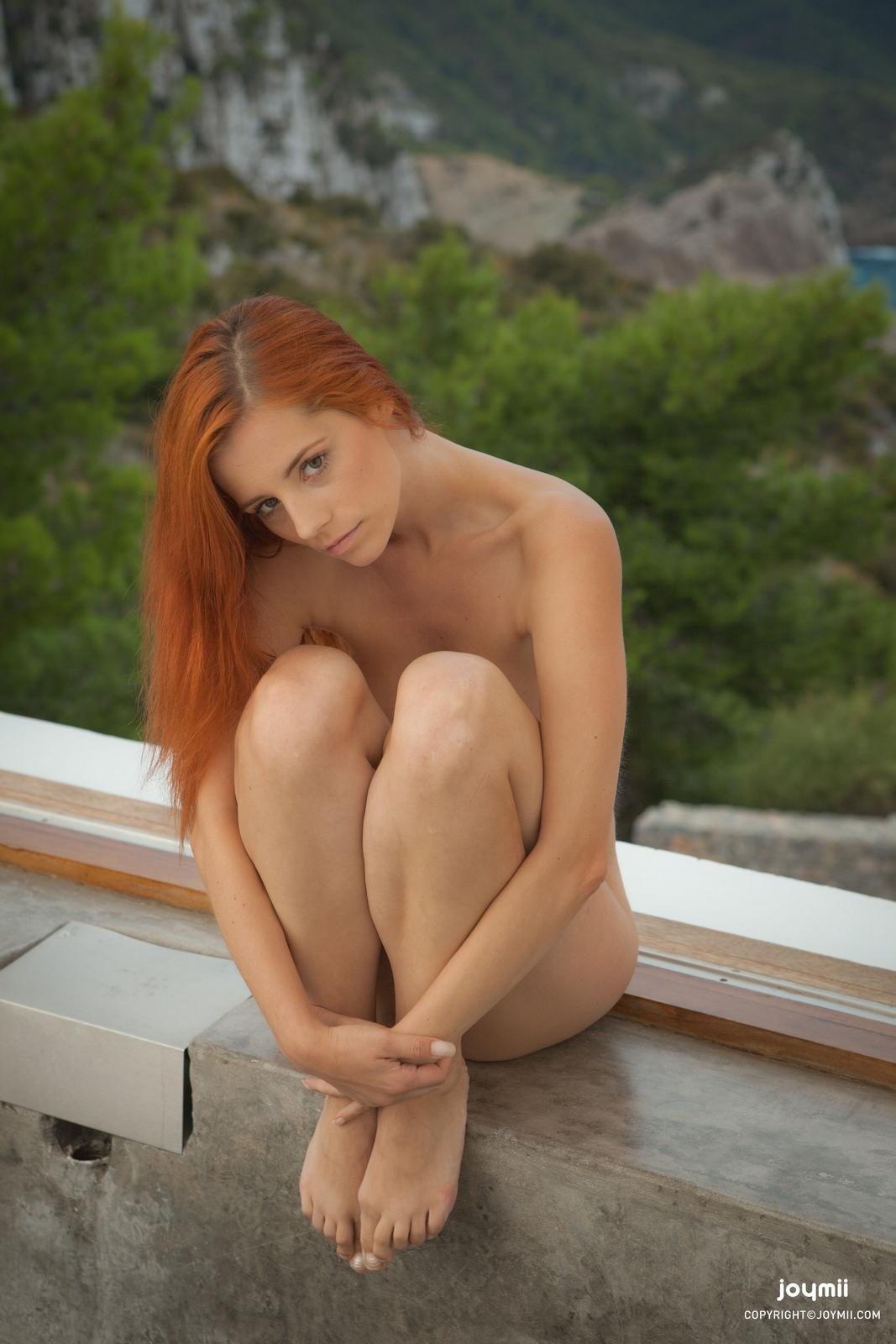 ariel-redhead-bathroom-naked-boobs-joymii-34
