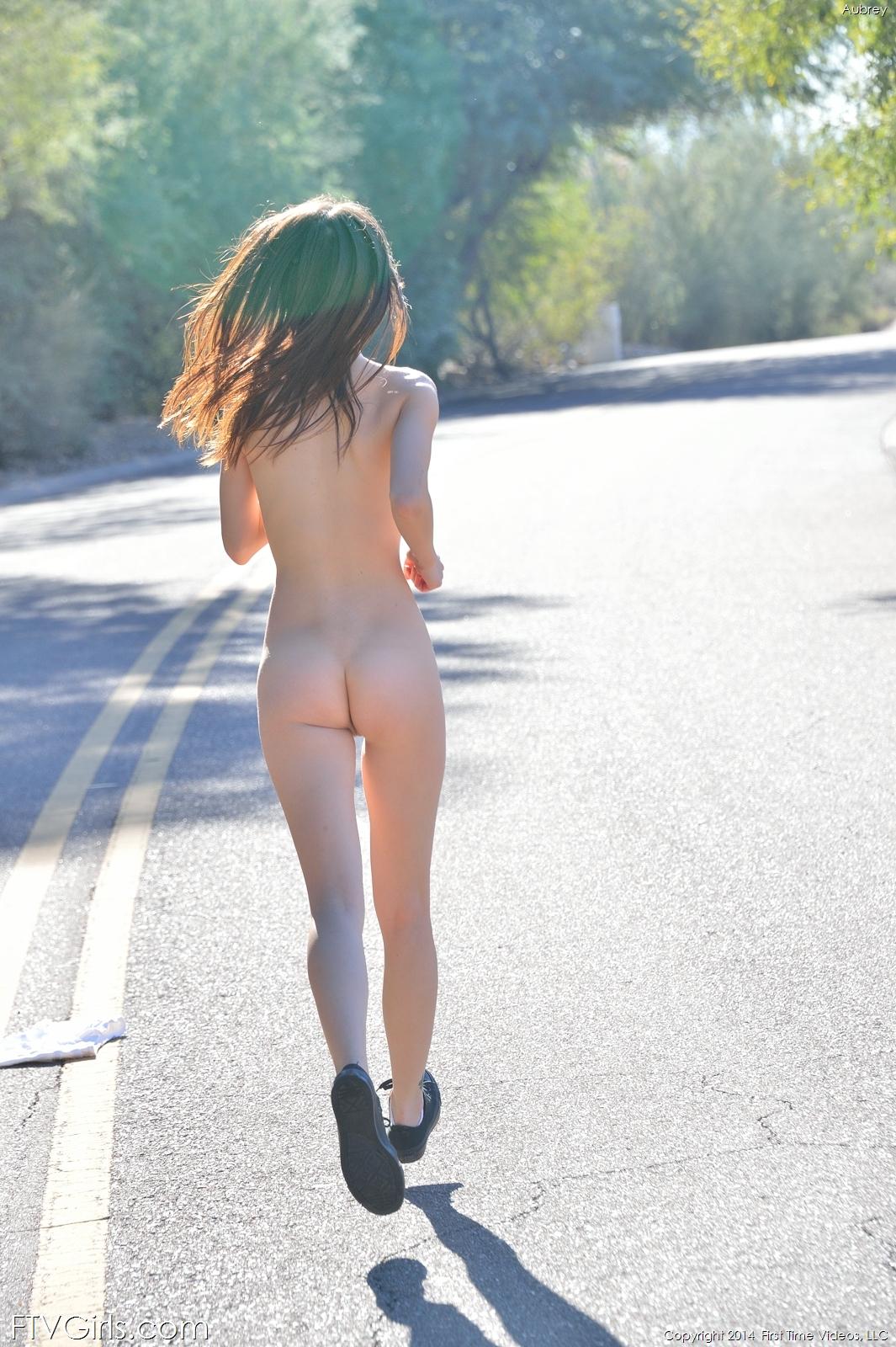 aubrey-shorts-nude-public-road-ftvgirls-15
