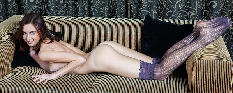 Aurmi in purple stockings