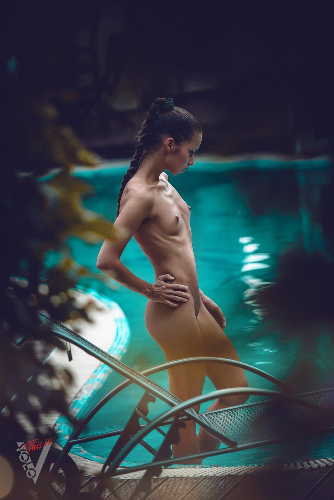 barbara-bocsi-brunette-skinny-nude-erotic-056
