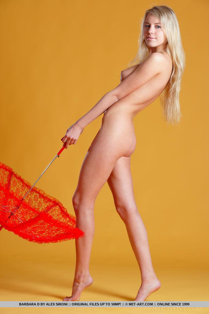 barbara-d-nude-blonde-umbrella-metart-07