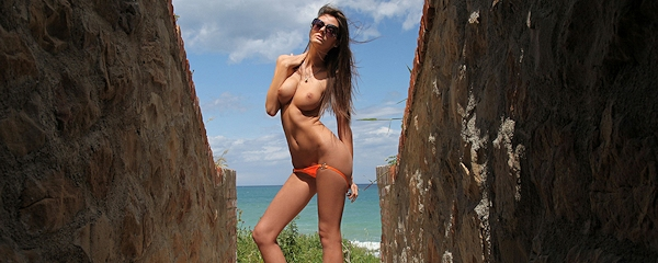 Barbara – Orange bikini
