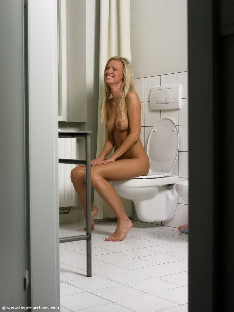 bathroom-time-16