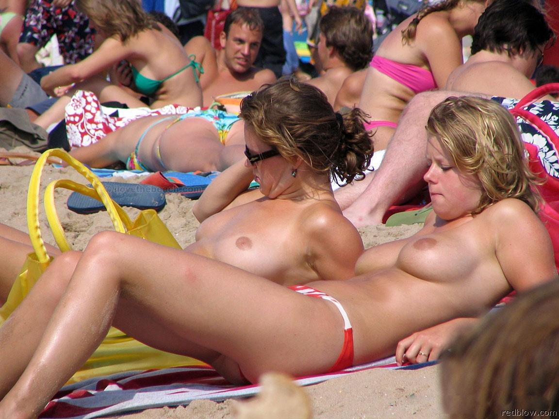 beach-girls-74
