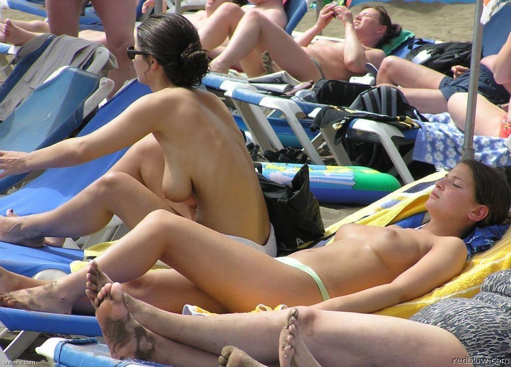 beach-girls-80