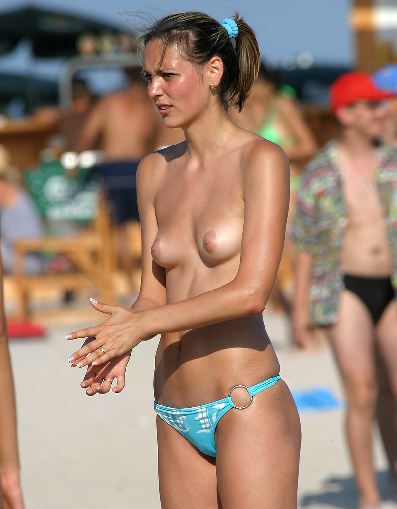 nude-beach-nudists-girls-mix-vol6-28