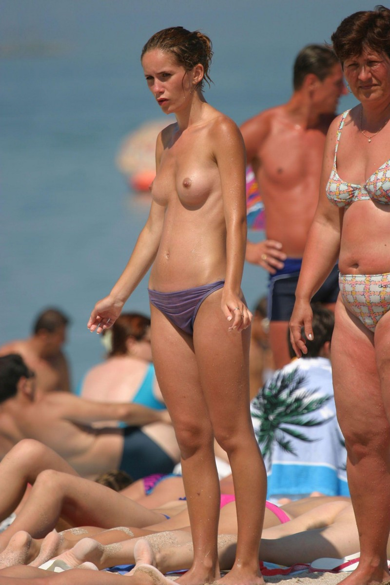 nude-beach-nudists-girls-mix-vol6-31