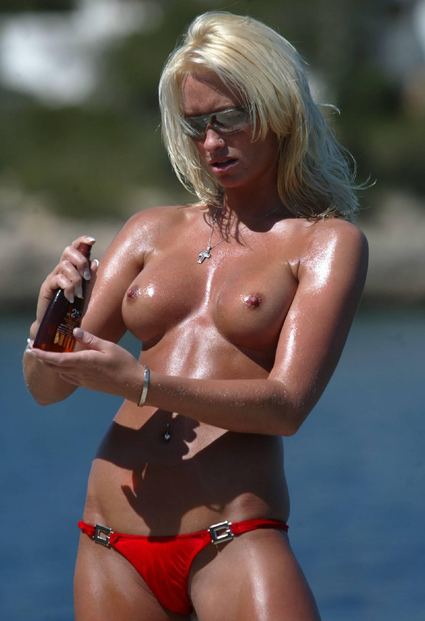 nude-beach-nudists-girls-mix-vol6-55