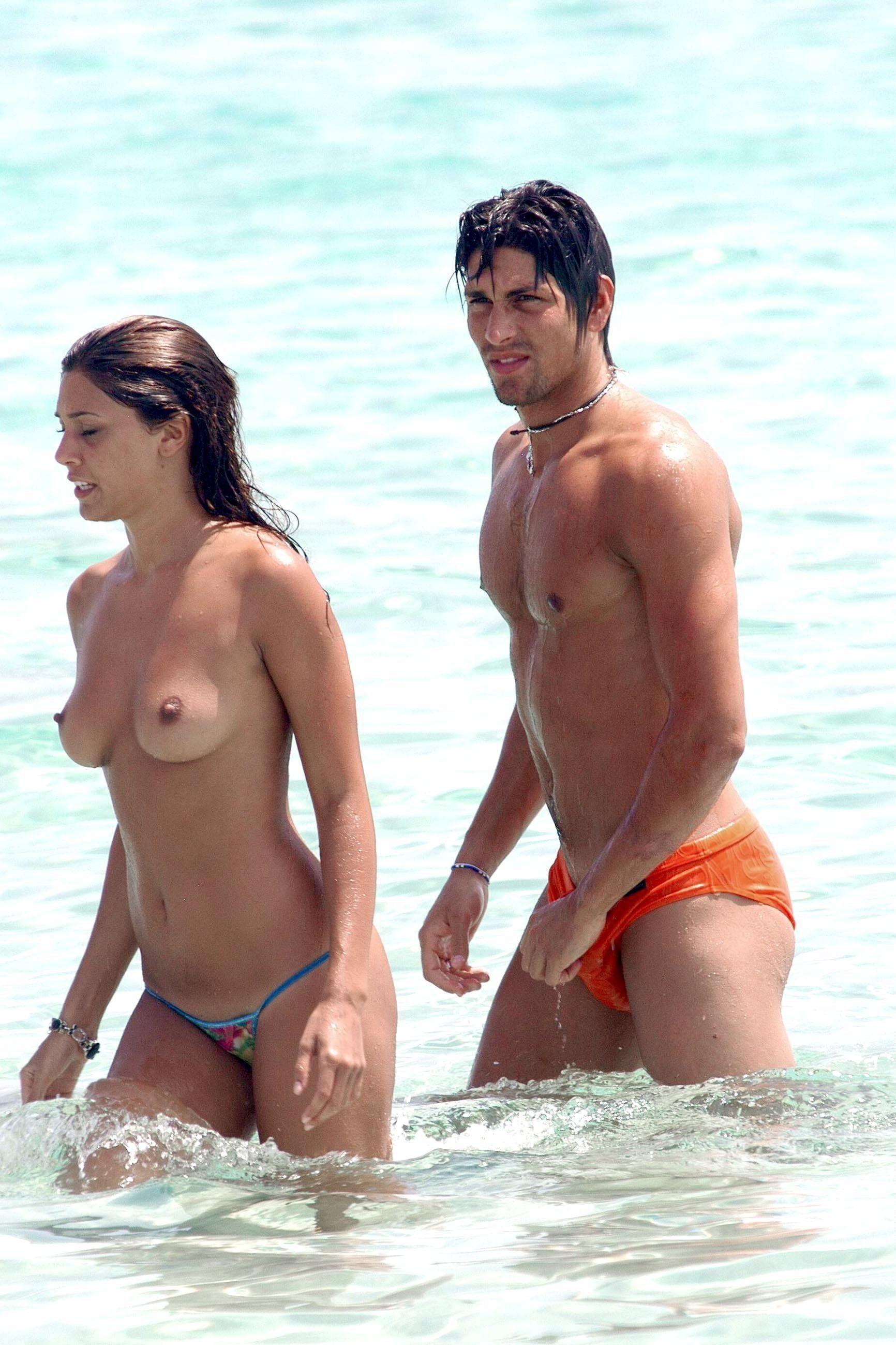 nudists-girls-boobs-beach-topless-mix-vol7-67