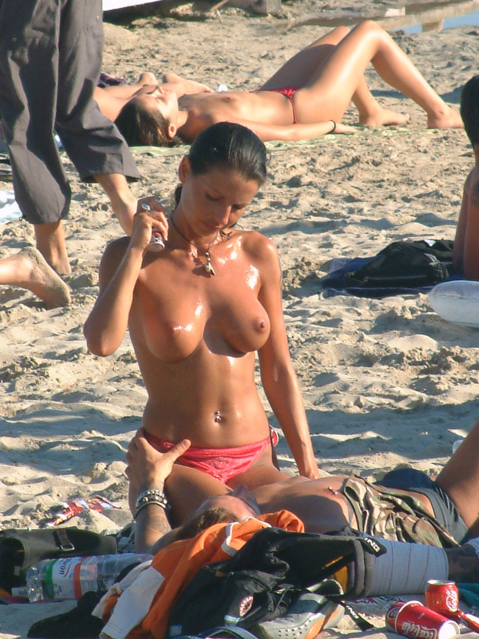 nudists-girls-boobs-beach-topless-mix-vol7-69