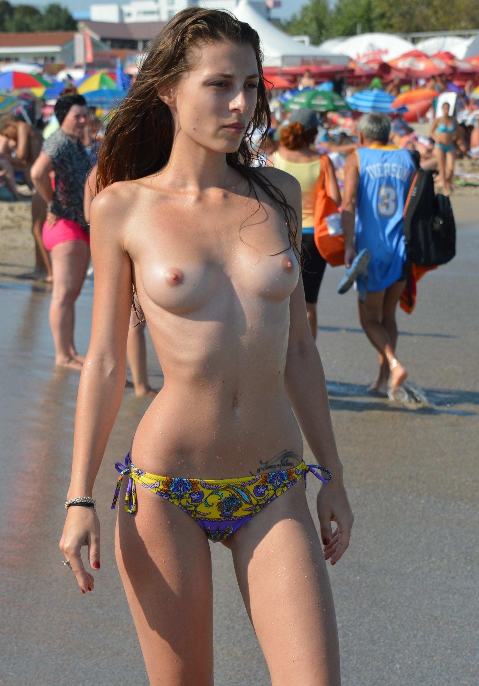 nudists-girls-boobs-beach-topless-mix-vol7-76