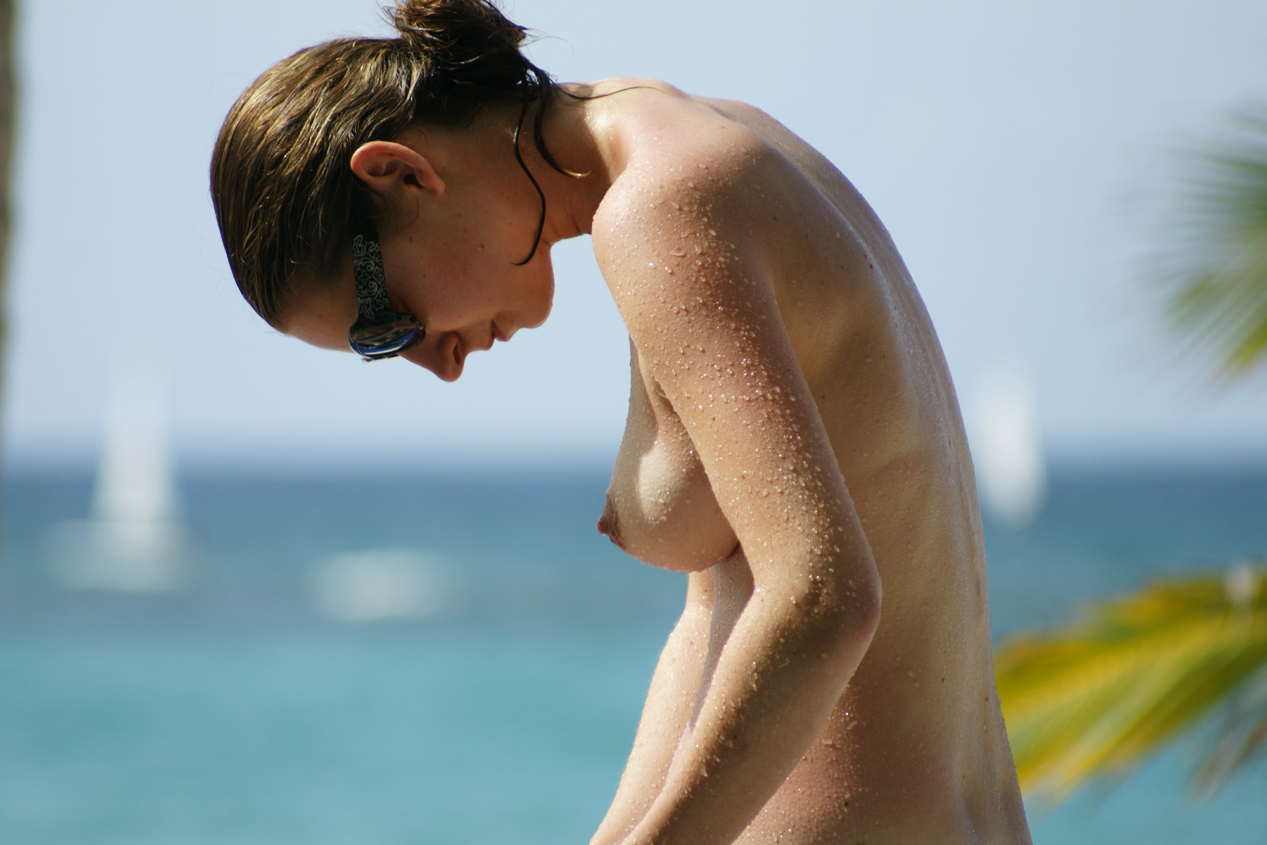 nudists-girls-boobs-beach-topless-mix-vol7-90