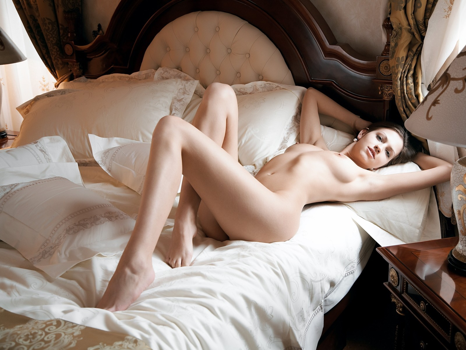 подборке видео голая утром в постели земной