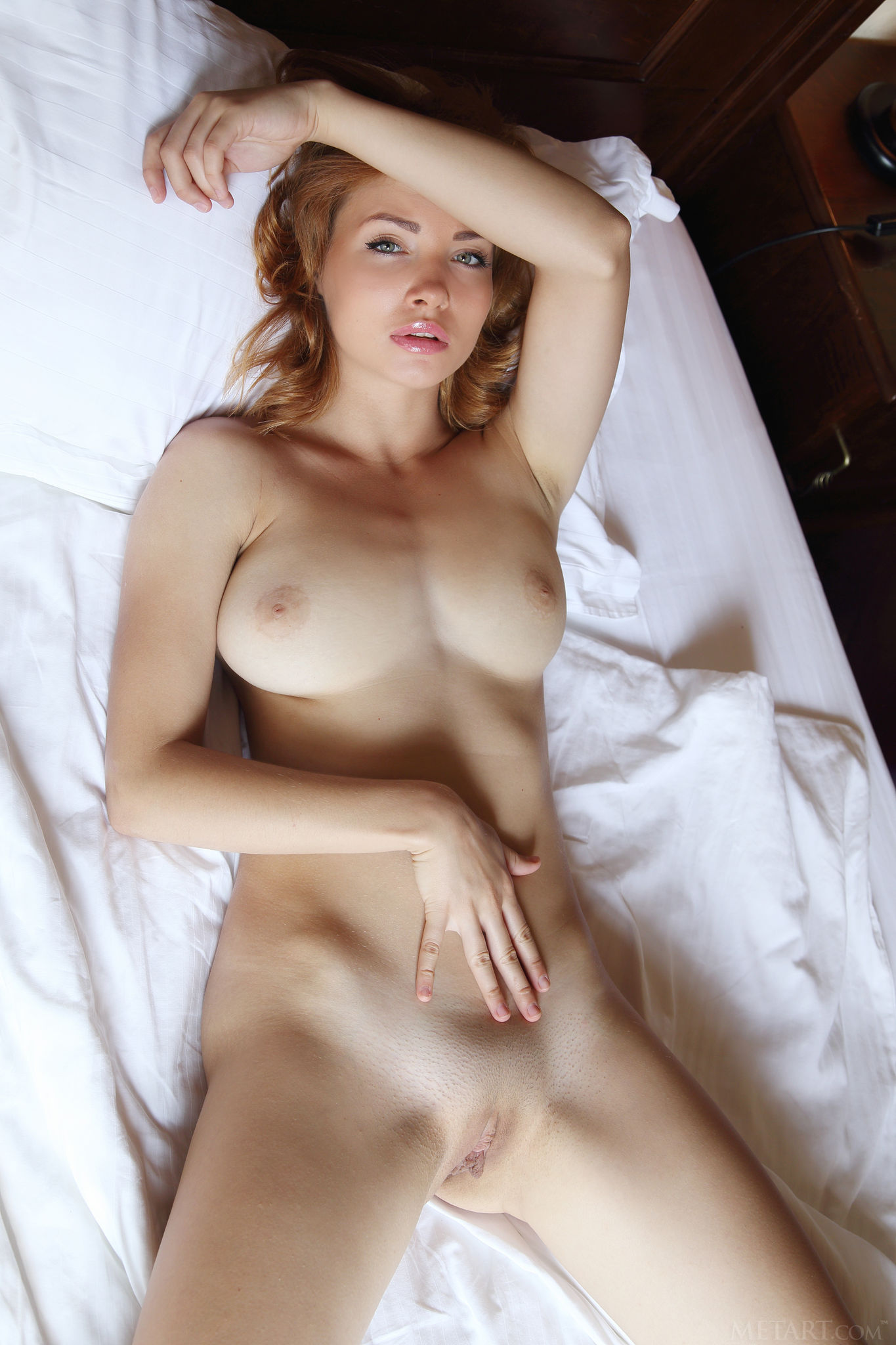 naked-girls-in-bedroom-nude-mix-vol4-49