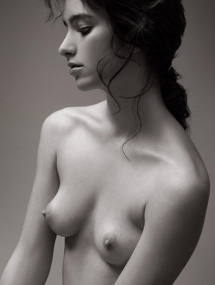 Art drawings of nude girls congratulate