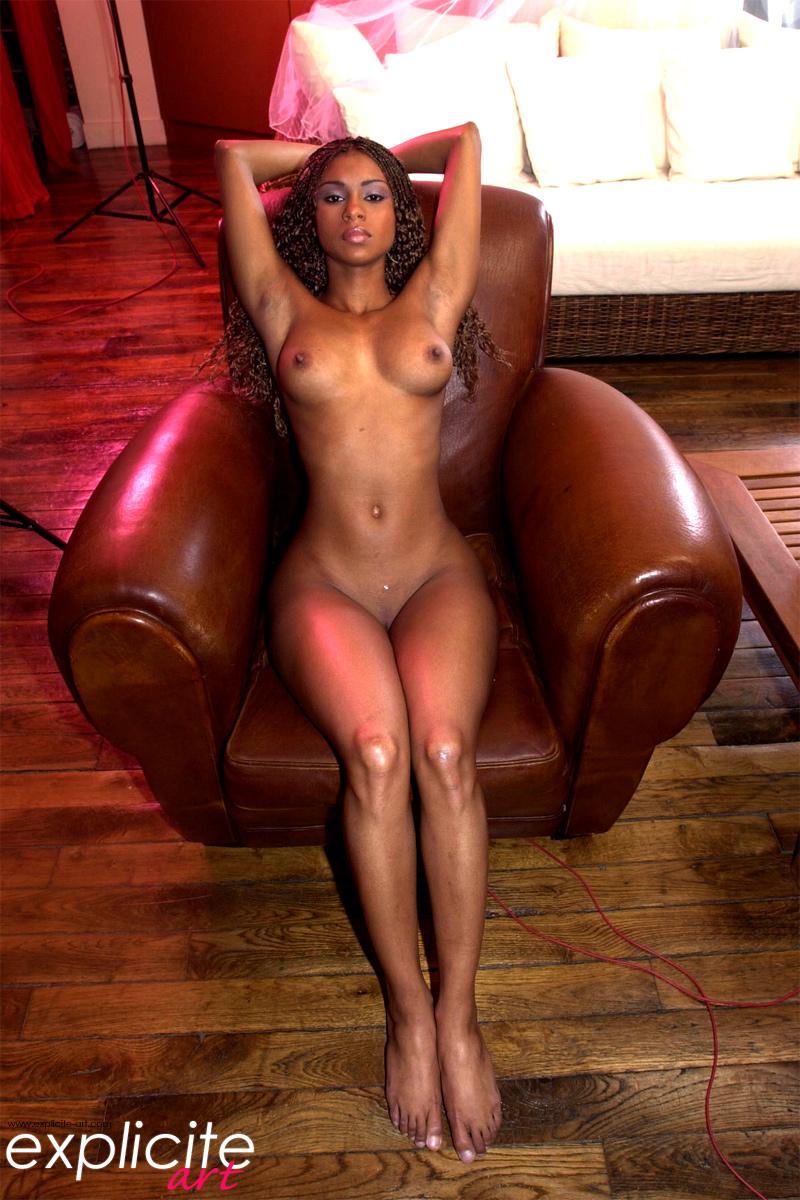 perfect ebony woman nude