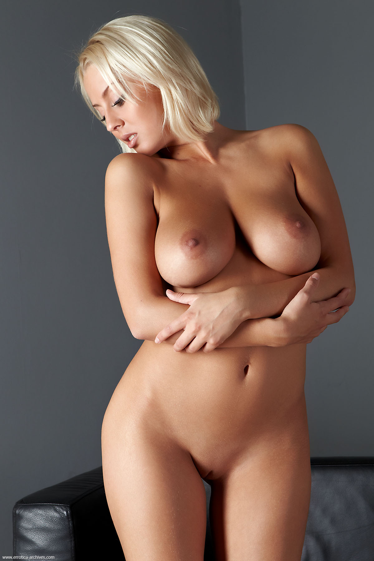 nude-blonde-girls-boobs-mix-vol7-03