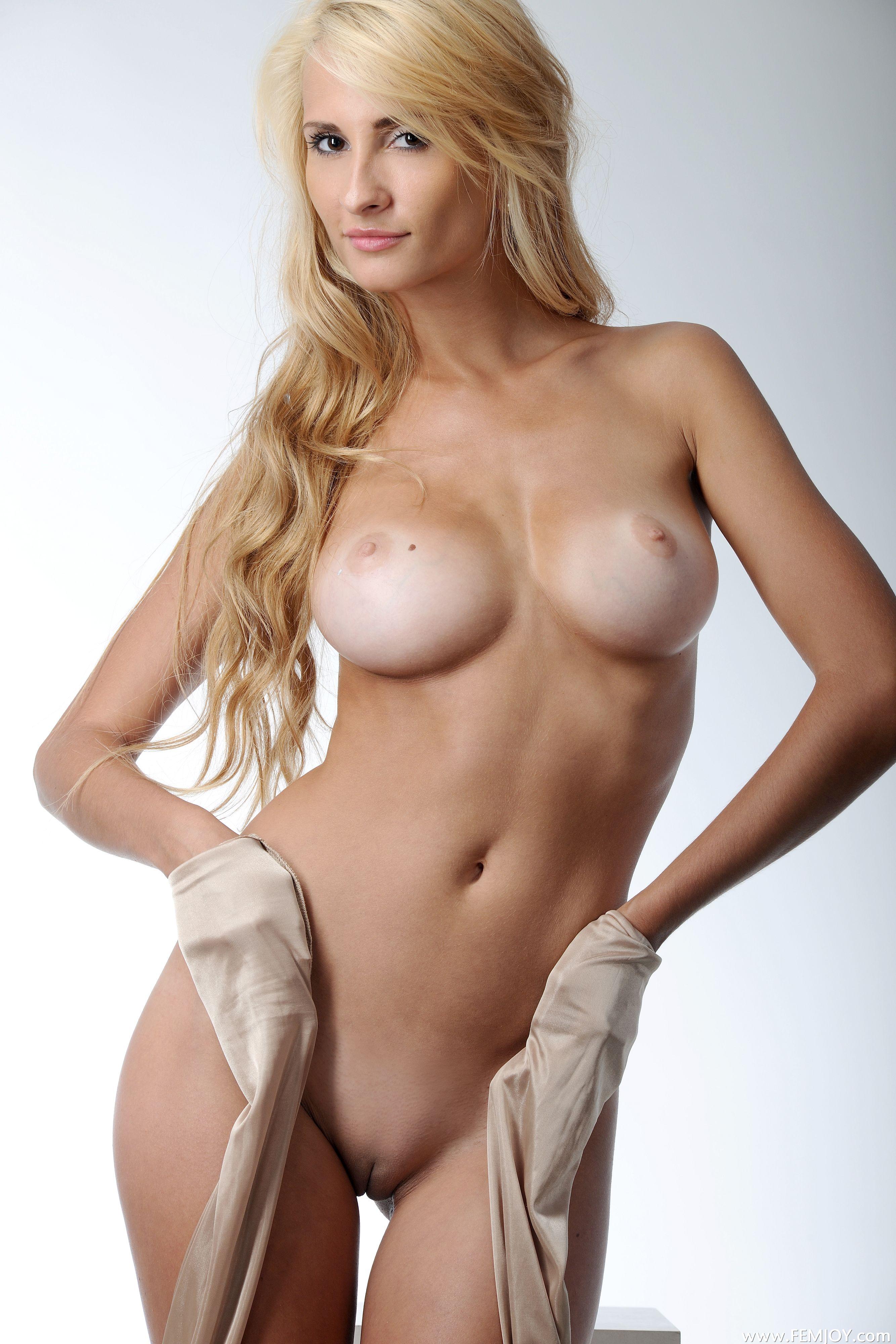 nude-blonde-girls-boobs-mix-vol7-34