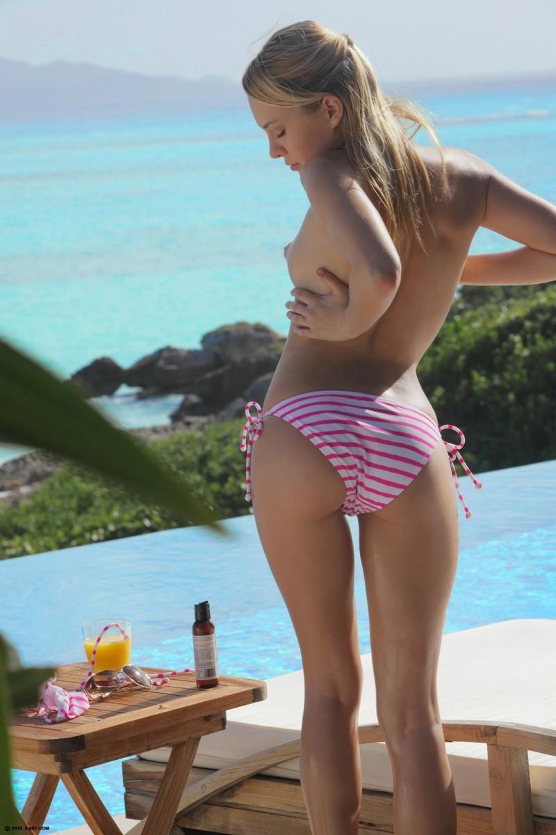 pale girl nude sunbathing