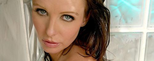 Brandy Robbins – Shower in fishnet
