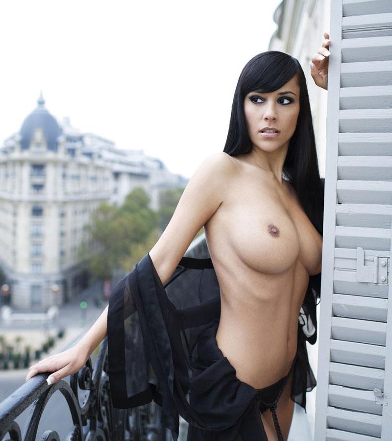 nude-brunettes-vol1-38
