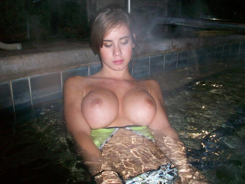 from Deangelo naked chicks in hot tub