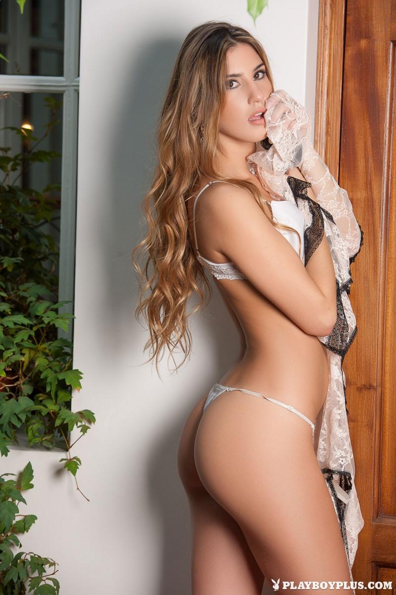 Linda cardellini nude picture