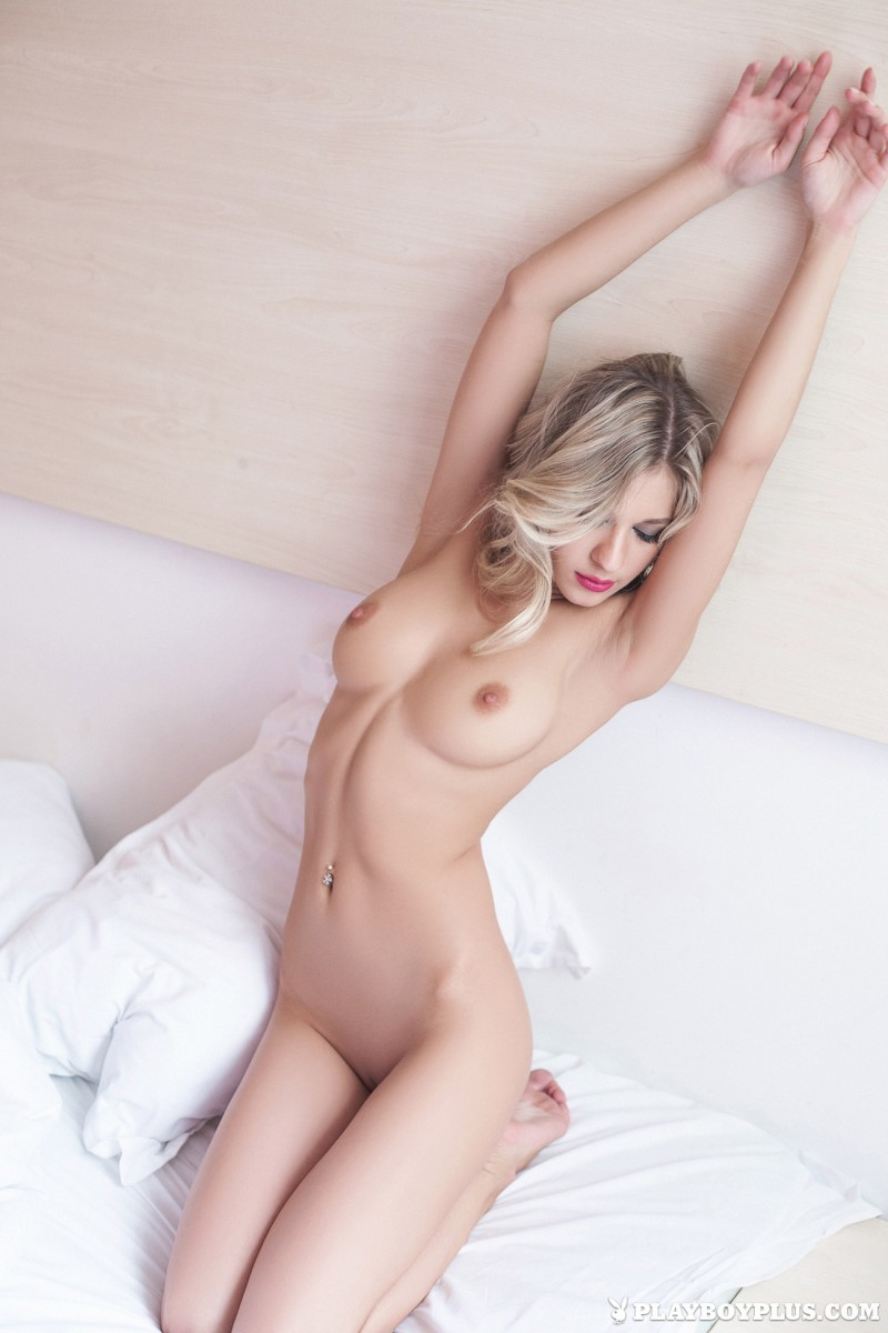 Candice  Sensual Photoshoot In Bed - Redbust-1734
