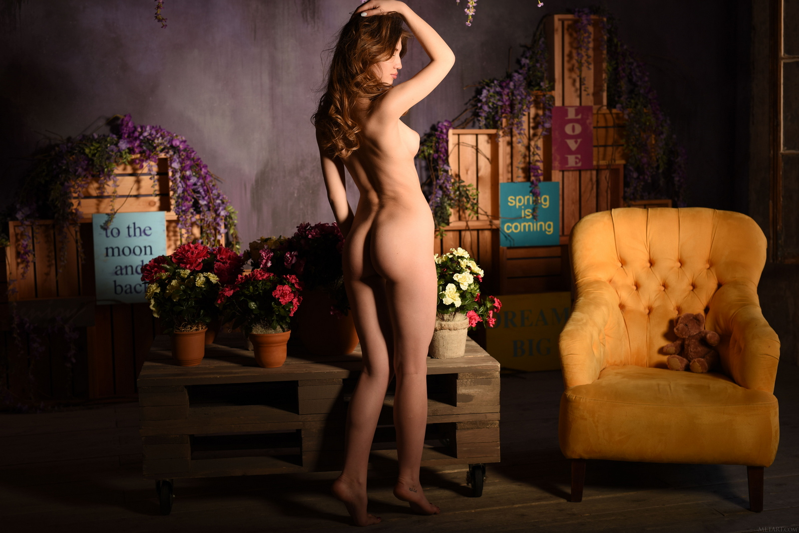 caramel-yellow-armchair-young-nude-pussy-met-art-24