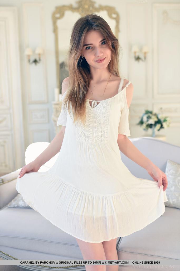 caramel-naked-white-corset-teen-metart-04