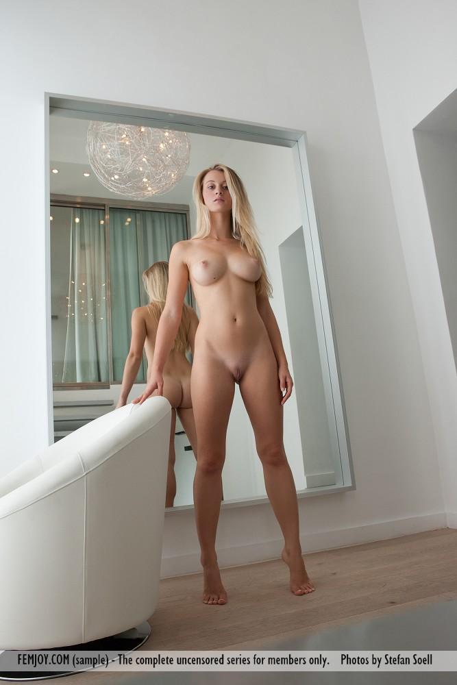 sexy mirror naked girl