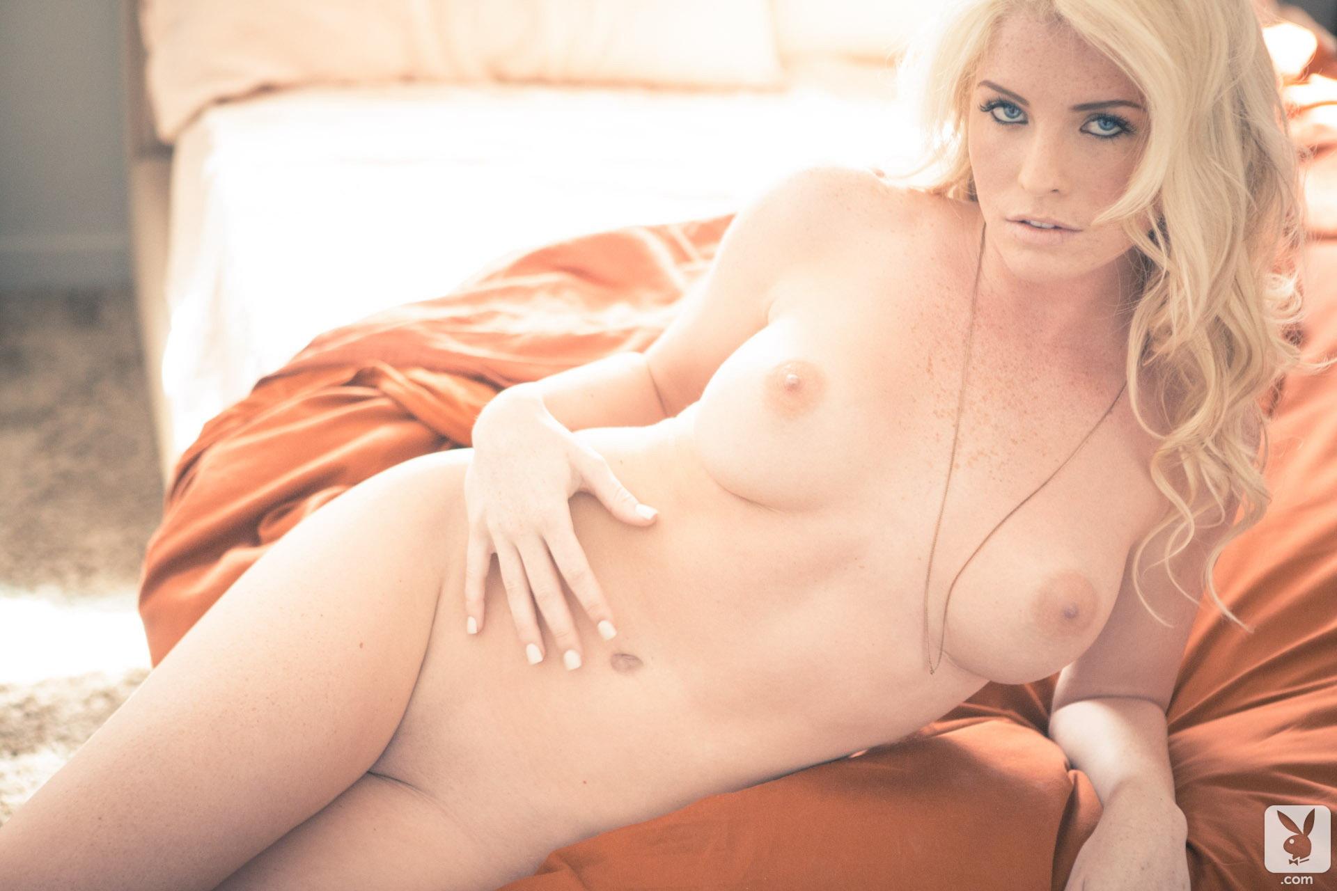 Carly lauren nackt