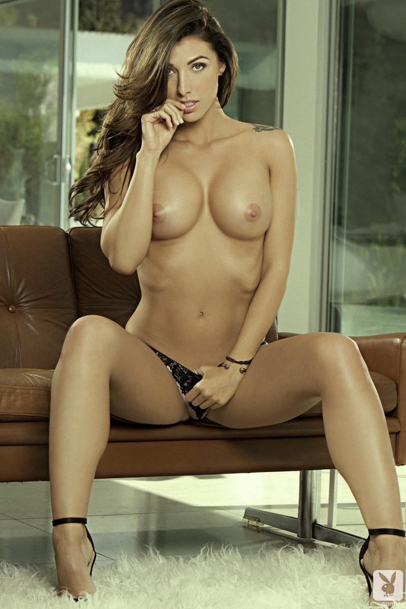 hot kiss on nipple