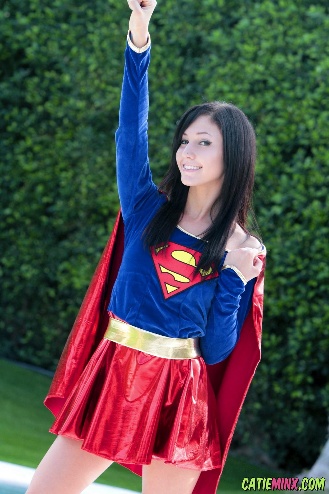 catie-minx-supergirl-costiume-poolside-young-brunette-nude-04
