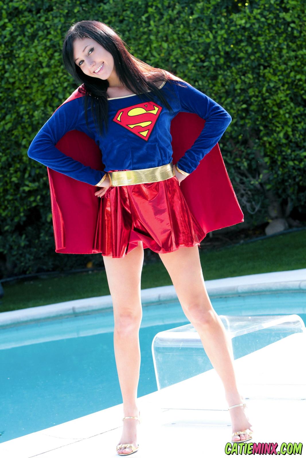 catie-minx-supergirl-costiume-poolside-young-brunette-nude-06
