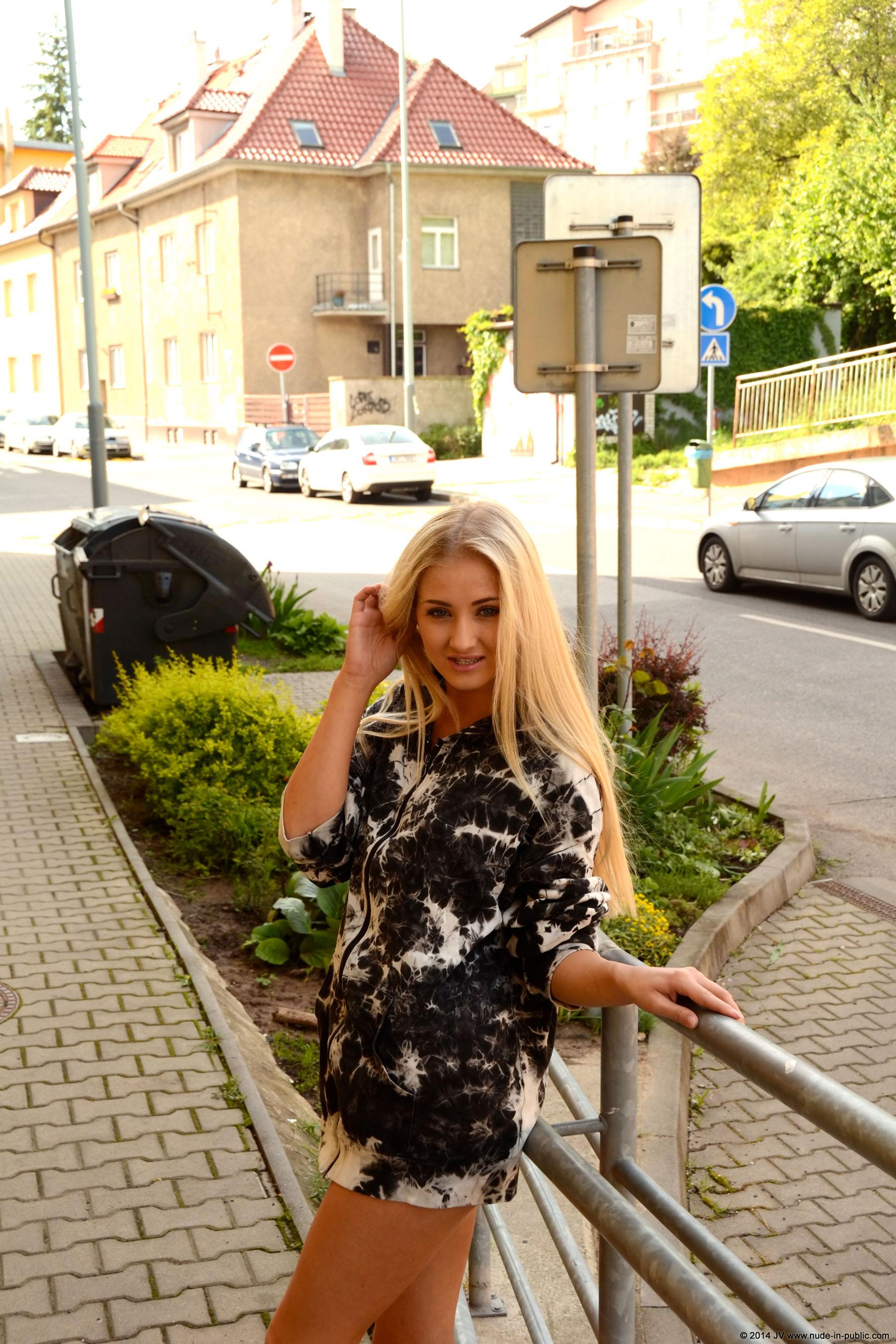 karolina-m-blonde-on-the-street-nude-in-public-07