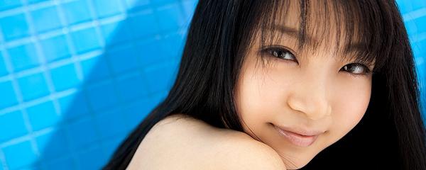 Chihiro Aoi in bikini