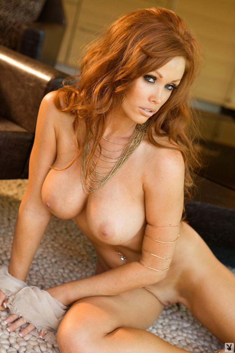 Pretty young redhead with a sexy ass masturbates for her bf 1