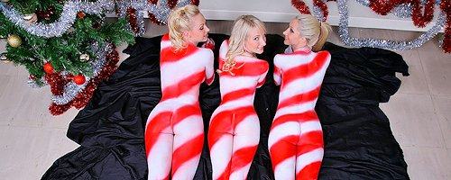 Christmas bodypainting