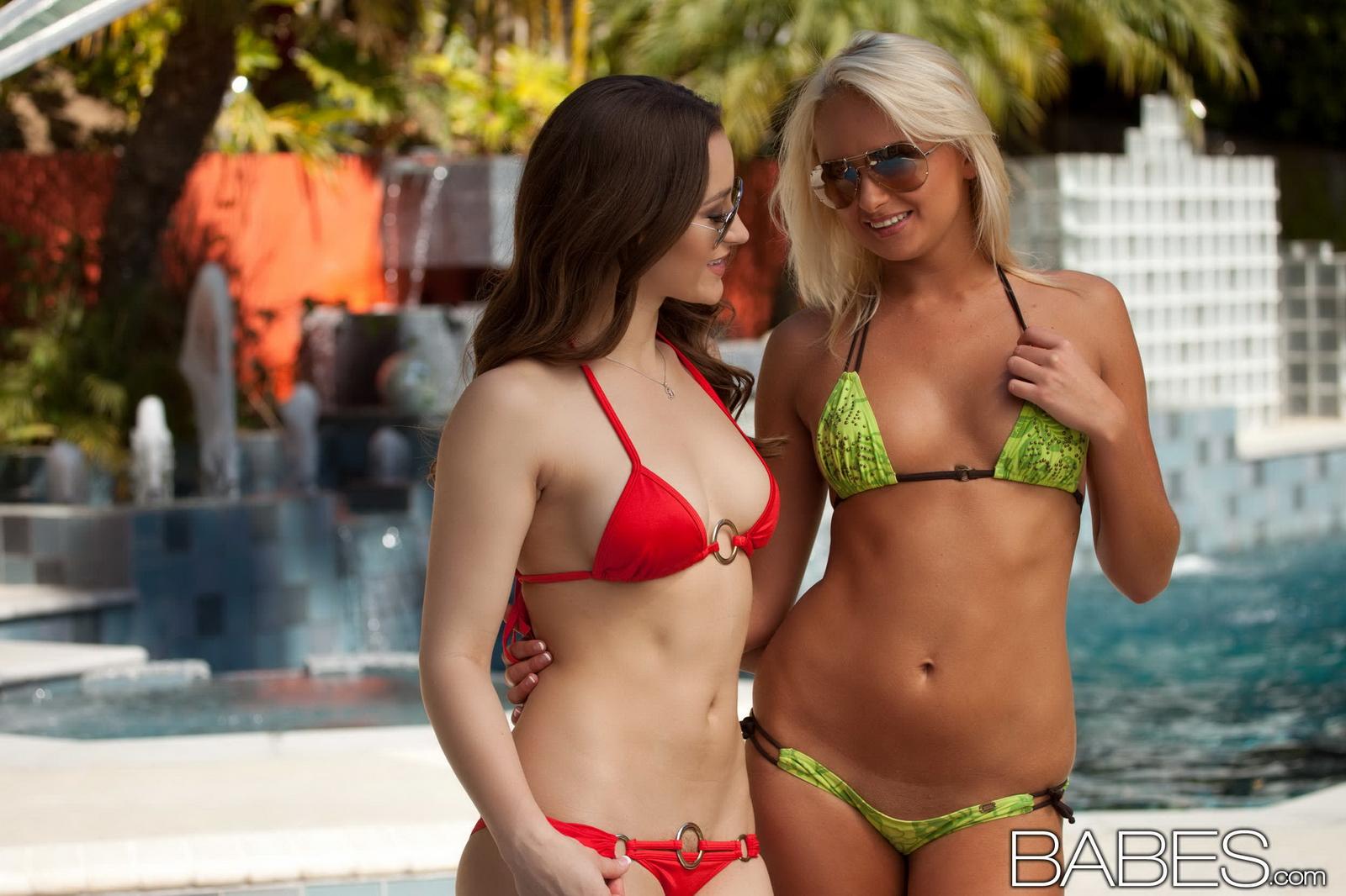 Teen girls lesbian babes in bikinis africans