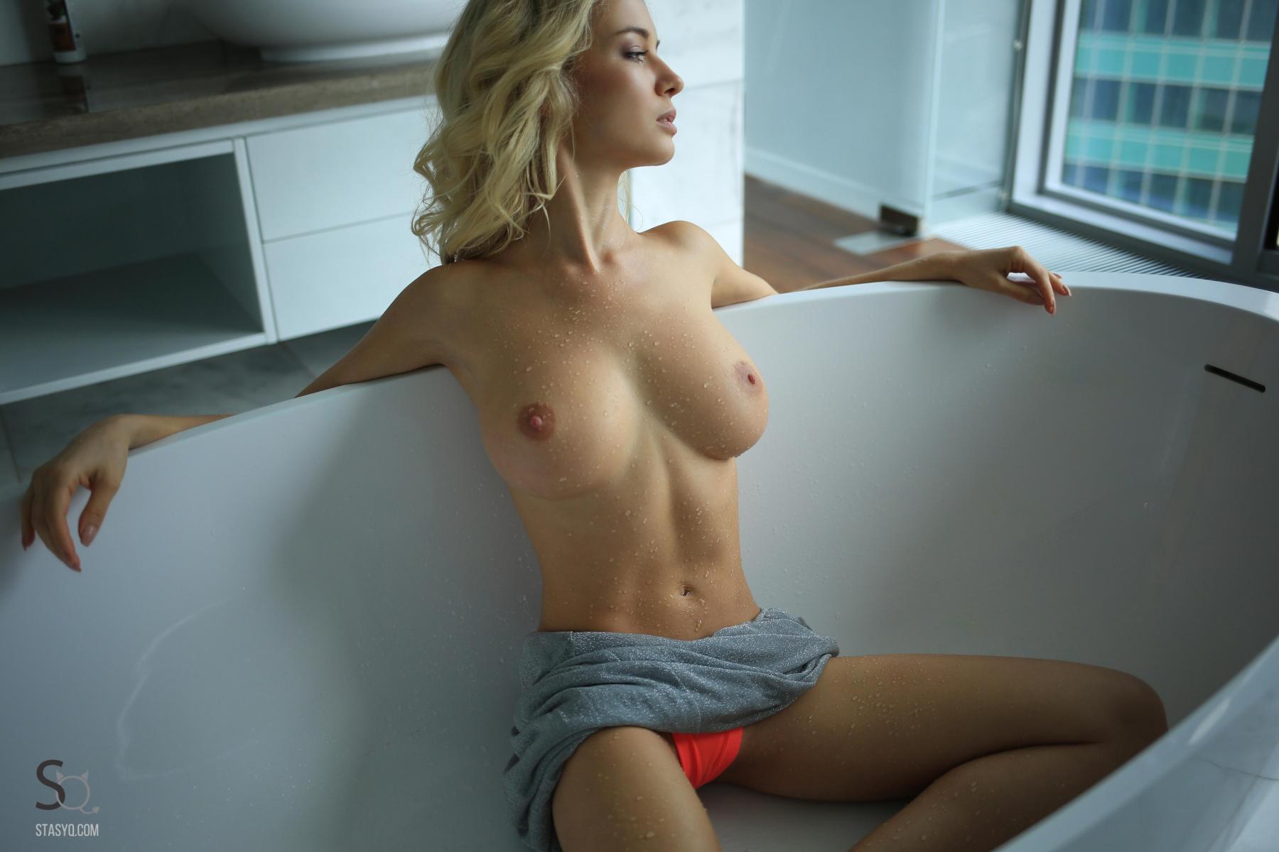 monroq-blonde-boobs-naked-bathroom-window-stasyq-23