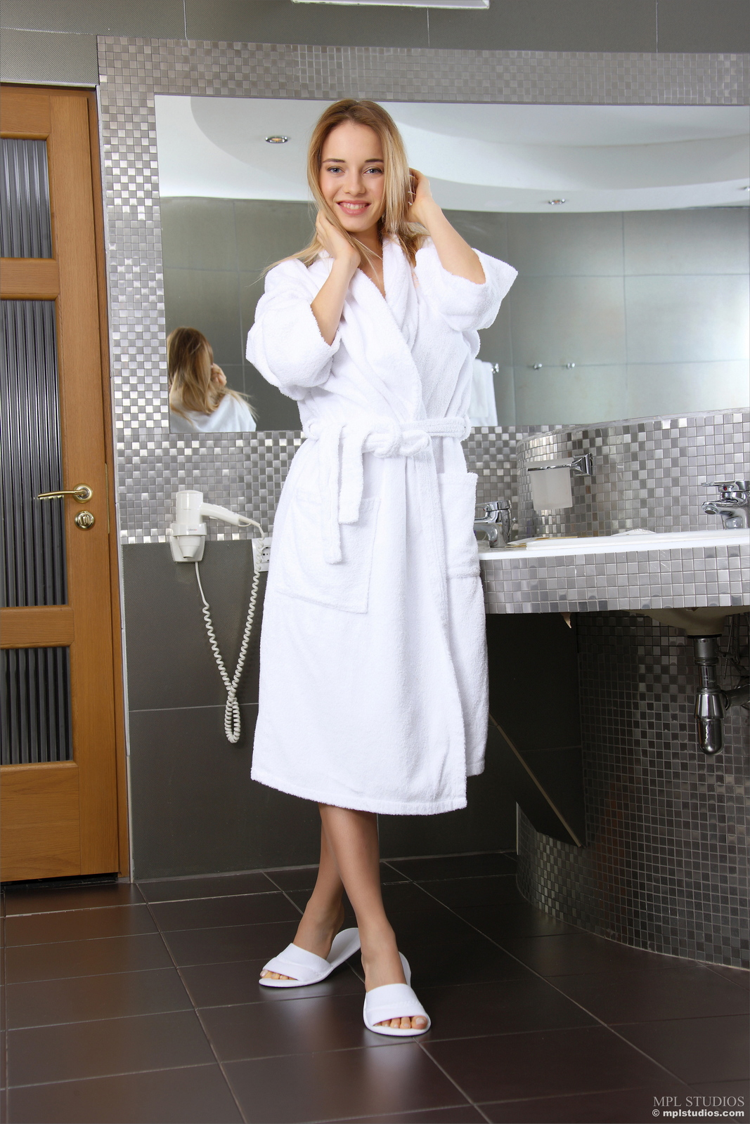 danica-bathroom-blonde-dressing-gown-naked-mplstudios-01