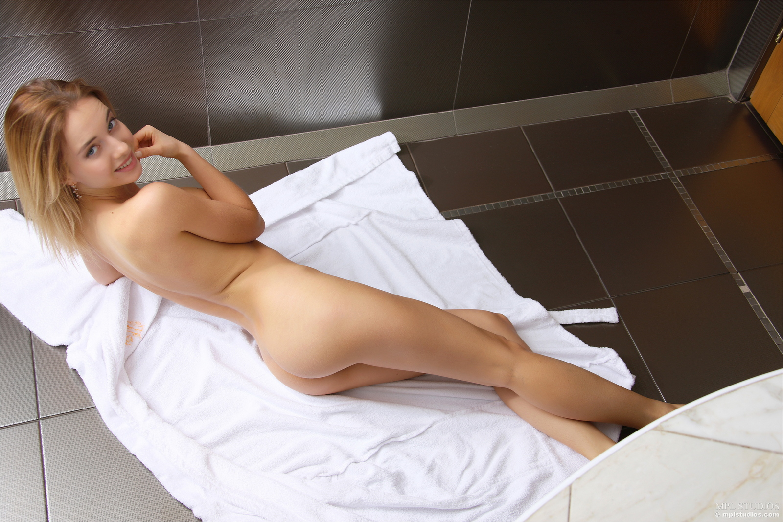 danica-bathroom-blonde-dressing-gown-naked-mplstudios-36