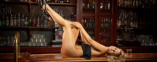 Daniella Mugnolo in the bar