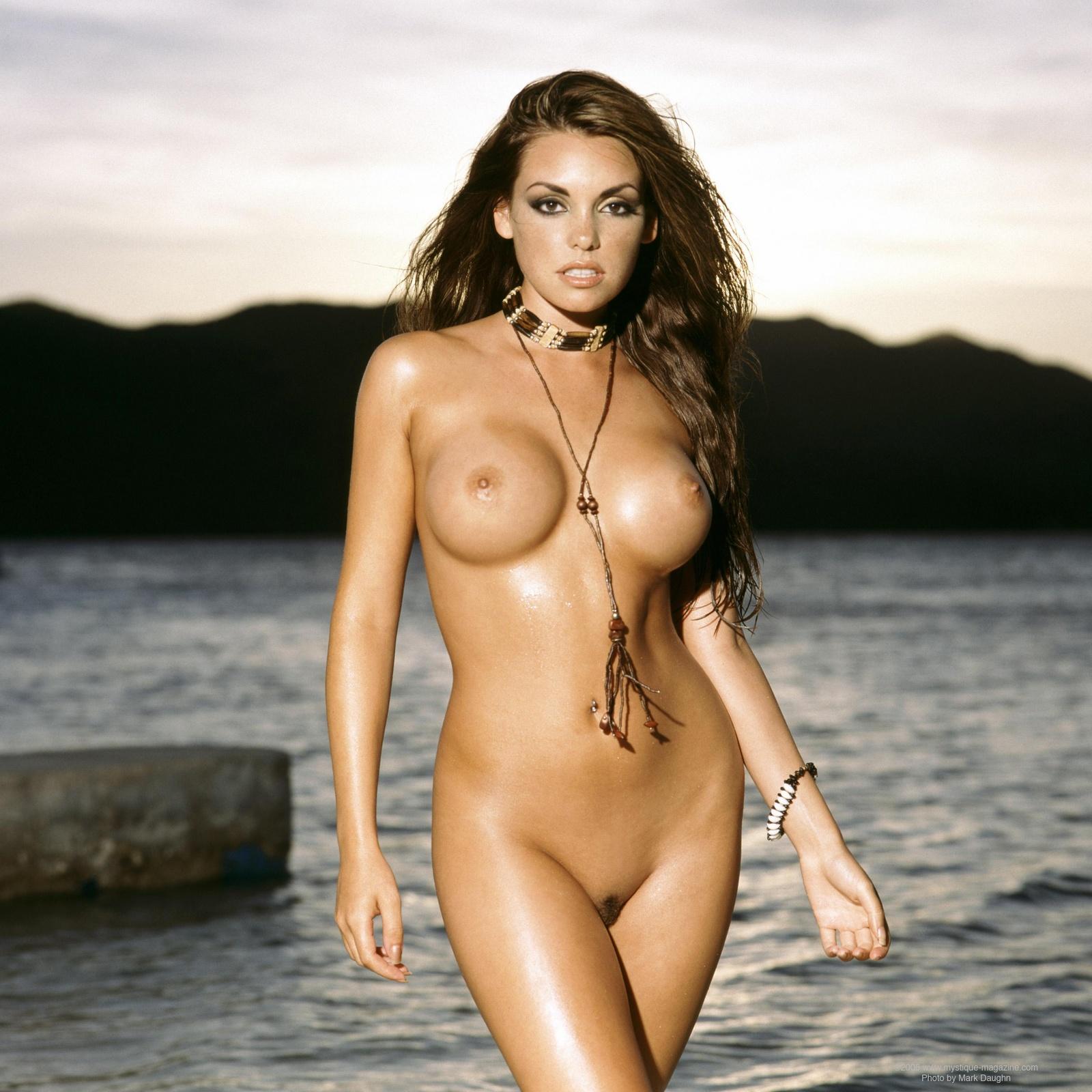 Pailin nude