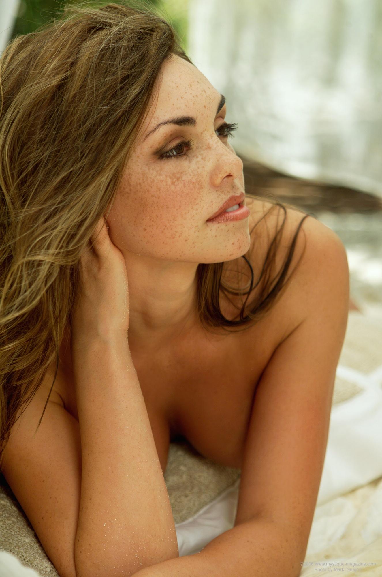 danielle-gamba-boobs-white-fishnet-nude-mystique-15